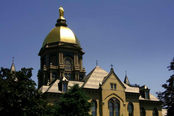 Notre Dame to drop birth control coverage, named in pending ACLU suit