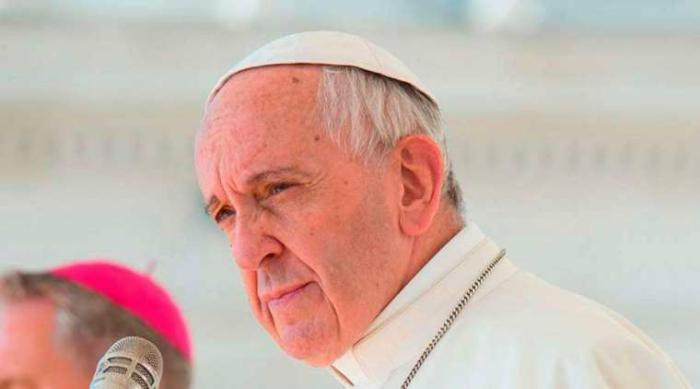 Pope Francis begins to meet Chilean abuse victims